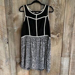 Kenzie Structured Cheetah Print Flowy Dress XL